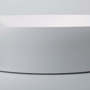 PAO- A designr serie bathtub that accentuates the Byzantine form, observable all around.   Source:  www.balteco.ee