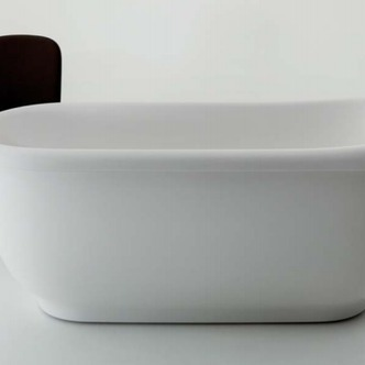 VERO- A bath with romantic touch, timeless classical style and soft curving inner surfaces.   Source:  www.balteco.ee