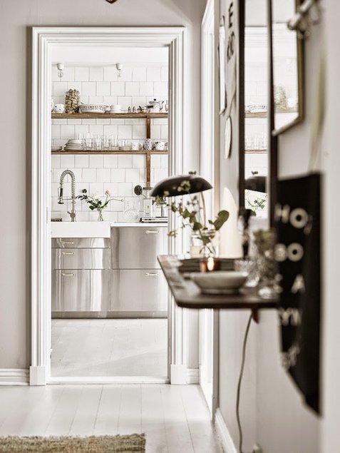 329d0a8efa8 Maaromantikast ja vintaažist inspireeritud kodu Rootsis