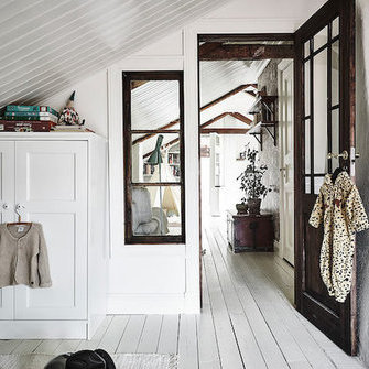 Alkuperä: http://www.myscandinavianhome.com/2016/08/a-swedish-home-with-lovely-details.html