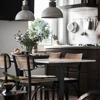 Allikas: http://www.myscandinavianhome.com/2017/03/an-inspiring-small-studio-full-of.html