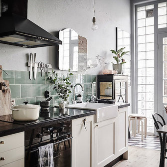 Source: http://www.myscandinavianhome.com/2016/03/a-romantic-swedish-home-with-vintage.html