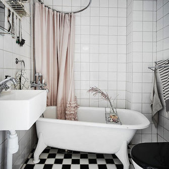 Источник: http://www.myscandinavianhome.com/2016/03/a-romantic-swedish-home-with-vintage.html