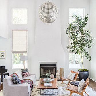 Источник: https://www.myscandinavianhome.com/2018/06/a-beautiful-spanish-style-house-in.html
