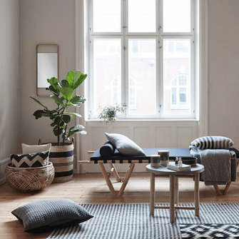 Источник: http://www.myscandinavianhome.com/2016/01/a-light-and-airy-danish-home-with.html