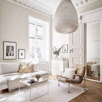 Источник: https://www.myscandinavianhome.com/2018/06/a-swedish-small-space-in-cream-and.html